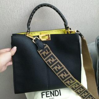 FENDI - FENDI ミディアム 2way ハンド バッグ