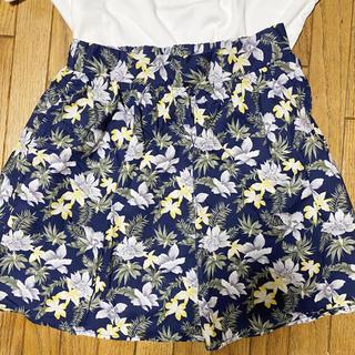 ハニーズ(HONEYS)の花柄スカート (ミニスカート)