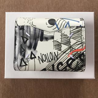 マルタンマルジェラ(Maison Martin Margiela)の19AW新品 メゾン マルジェラ グラフィティ エンベロープ 折り財布 ホワイト(財布)