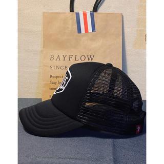 ベイフロー(BAYFLOW)のBAYFLOW/デウス・エクス・マキナ SHIELD CAP(キャップ)