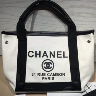 CHANEL - Chanel シャネル トートバック