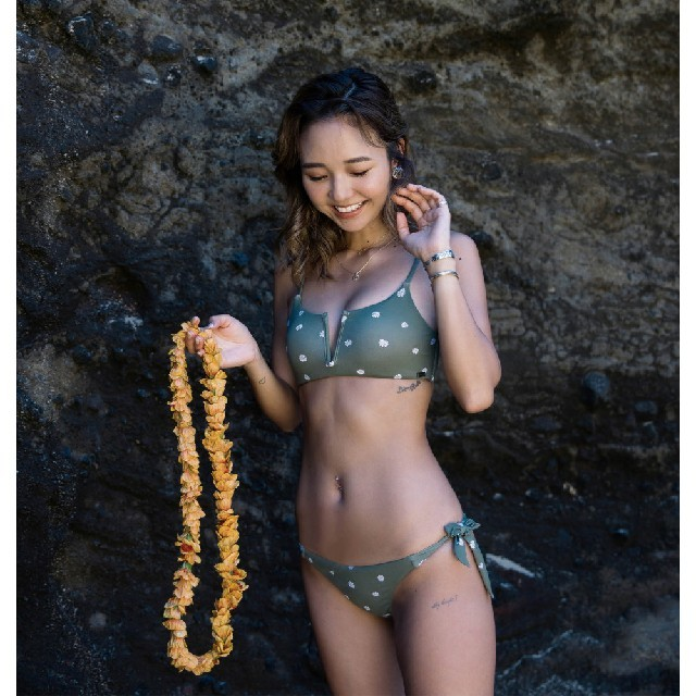Roxy(ロキシー)のビキニ BABY KIY X ROXY FLOWER BIKINI レディースの水着/浴衣(水着)の商品写真