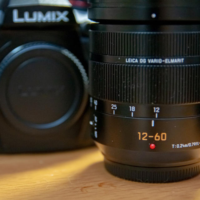 Panasonic(パナソニック)のLUMIX G9pro レンズキット【ひま様専用】 スマホ/家電/カメラのカメラ(ミラーレス一眼)の商品写真