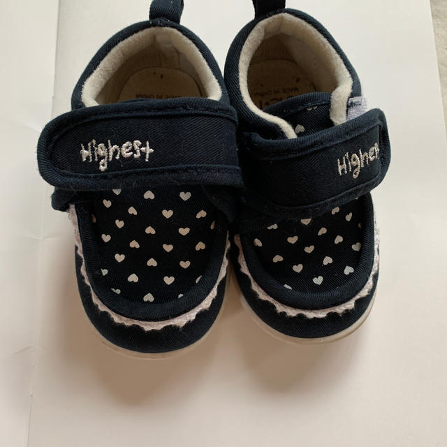 こども用靴 14センチ 黒色 ハート♡  キッズ/ベビー/マタニティのベビー靴/シューズ(~14cm)(スニーカー)の商品写真