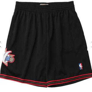 ミッチェルアンドネス(MITCHELL & NESS)の(サイズL)  Mitchell&Ness 76ers shorts(ショートパンツ)