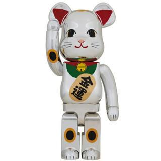 メディコムトイ(MEDICOM TOY)のBE@RBRICK 招き猫 銀メッキ 弐 1000% ベアブリック(その他)