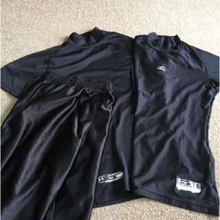 UNDER ARMOUR - アンダーシャツ2枚〈半袖Sサイズ〉・短パン