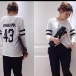 ドゥーズィエムクラス(DEUXIEME CLASSE)のドゥーズィエムクラス  アメリカーナ Ameranaフットボールtシャツ 美品(Tシャツ(長袖/七分))