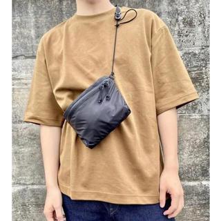 ユニクロ(UNIQLO)の新品 ユニクロ ライトウエイトファニーバック ブラック(ショルダーバッグ)