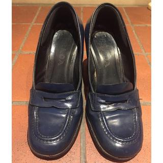 プラダ(PRADA)のプラダのシューズ(ローファー/革靴)
