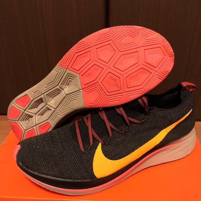 NIKE(ナイキ)の【美品‼️】28cm ナイキ ズーム フライ フライニット メンズの靴/シューズ(スニーカー)の商品写真