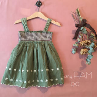 anyFAM - any FAM エニィファム |スモッキング刺繍ワンピース*̩̩̥୨୧˖