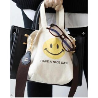 ドゥーズィエムクラス(DEUXIEME CLASSE)の【新品】ドィーズィエムクラス SMILEY FACE SMILE BAG(その他)