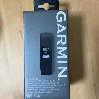 ガーミン(GARMIN)のGarmin vivofit4(トレーニング用品)