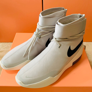 "FEAR OF GOD - Nike Air Fear of God SA ""Light Bone"""