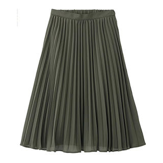 GU - ミディ丈プリーツスカート