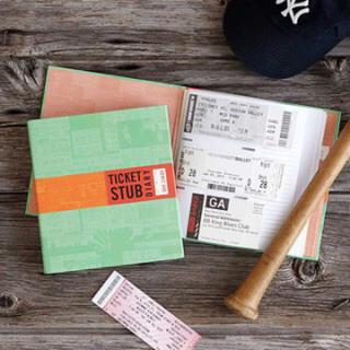 アーバンアウトフィッターズ(Urban Outfitters)のTICKET STUB DIARY  チケットホルダー(その他)