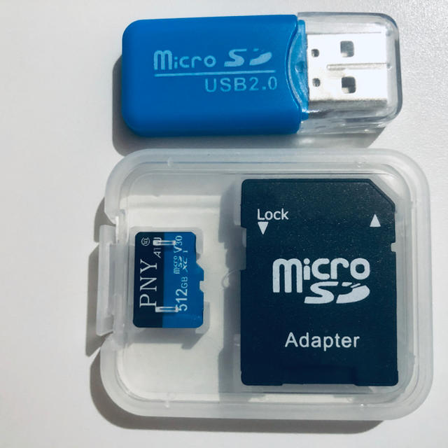 iPhone(アイフォーン)のマイクロSDカード スマホ/家電/カメラのPC/タブレット(PC周辺機器)の商品写真