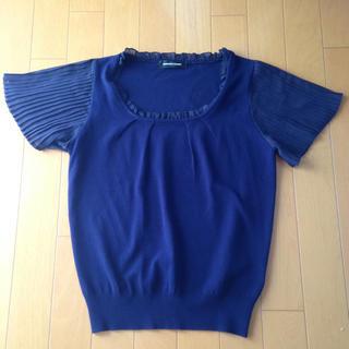 クイーンズコート(QUEENS COURT)の美品 濃紺 トップス(カットソー(半袖/袖なし))