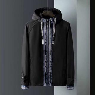 美品バーバリーBURBERRYジャケット/黒い