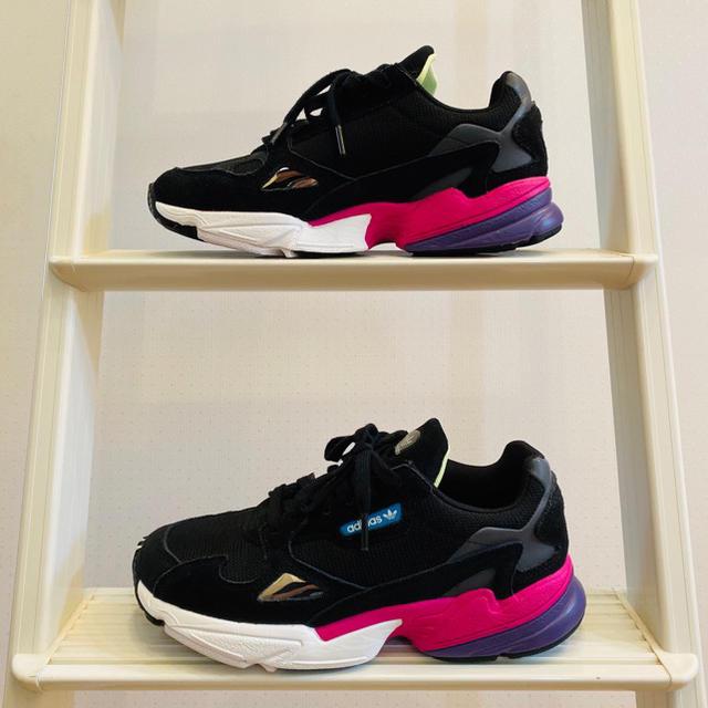 adidas(アディダス)のtian tian様専用!ほぼ新品未使用!アディダス ダッドスニーカー! レディースの靴/シューズ(スニーカー)の商品写真