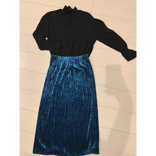 ジーユー(GU)の【セット売り】シャーリングブラウス プリーツタイトスカート(セット/コーデ)