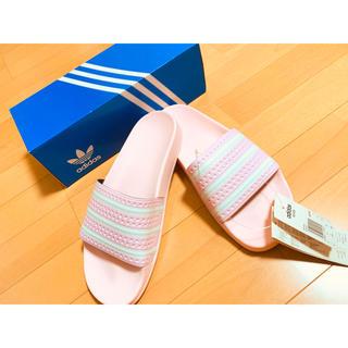 アディダス(adidas)のadilette  生産終了カラー ライトピンク(ビーチサンダル)