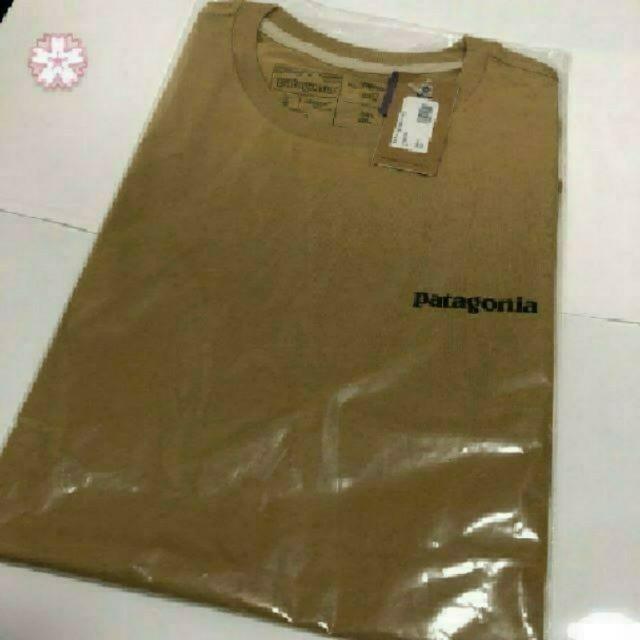patagonia(パタゴニア)の送料込み パタゴニア P-6 Tシャツ タン Sサイズ 国内正規品 メンズのトップス(Tシャツ/カットソー(半袖/袖なし))の商品写真