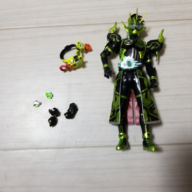 BANDAI(バンダイ)のSHFフィギュアーツ 仮面ライダークロノス エンタメ/ホビーのフィギュア(特撮)の商品写真