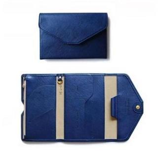 【パスポート ケース】カバー 旅行 通帳 カード ペンケース レザー【ブルー】(折り財布)