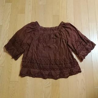 ジーユー(GU)のGU、レディース、透かし編みトップス(カットソー(半袖/袖なし))