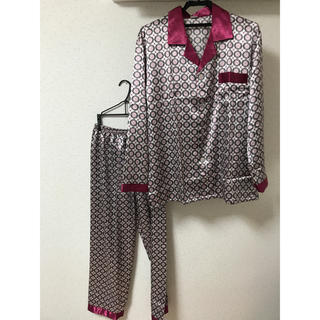 新品 送料込み サテンパジャマ RED  メンズ Lサイズ  日本サイズおおよそ(その他)