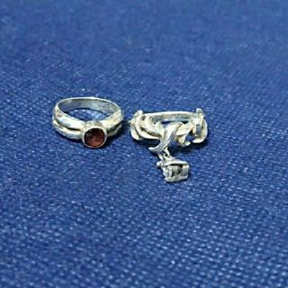 ブレス(BLESS)のガーネット&ゆらゆらピンキーリングセット(リング(指輪))