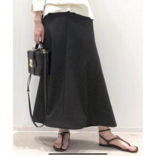 アパルトモンドゥーズィエムクラス(L'Appartement DEUXIEME CLASSE)のアパルトモン☆Punch  Flareスカート 美品 ネイビー(ロングスカート)