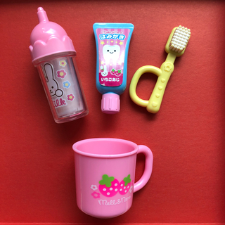 パイロット(PILOT)のメルちゃんの歯磨きセット&ミルク瓶(ぬいぐるみ/人形)