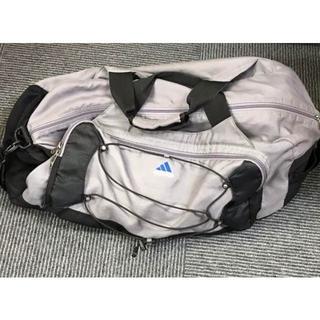 アディダス(adidas)のアディダス トラベルバッグ グレー(トラベルバッグ/スーツケース)