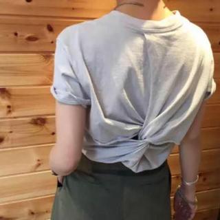 トゥデイフル(TODAYFUL)のtodayful バックツイストTシャツ(Tシャツ(半袖/袖なし))
