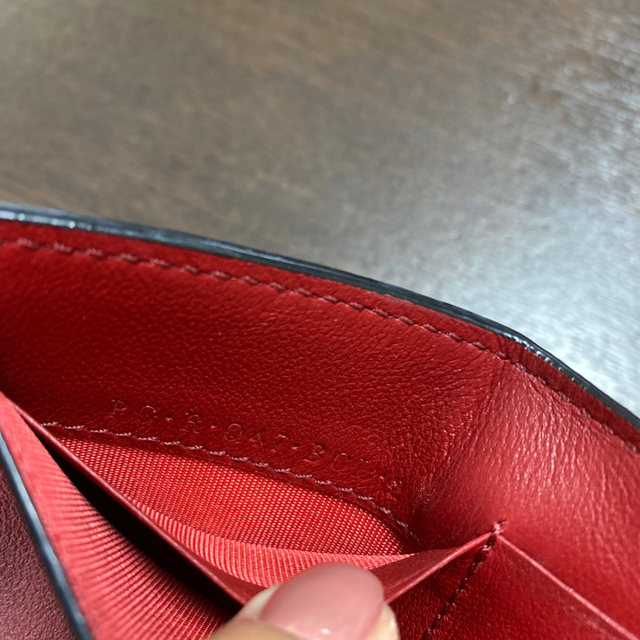 VALENTINO(ヴァレンティノ)の最終値下げ!valentino ロックスタッズ ミニ財布 レディースのファッション小物(財布)の商品写真