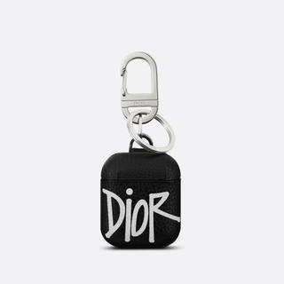 ディオール(Dior)の新作 DIOR AND SHAWNAirPods ケース(iPhoneケース)