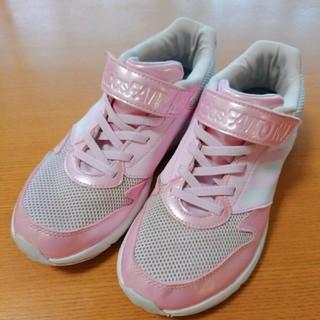 アディダス(adidas)のアディダス スニーカージュニア 22センチ(スニーカー)