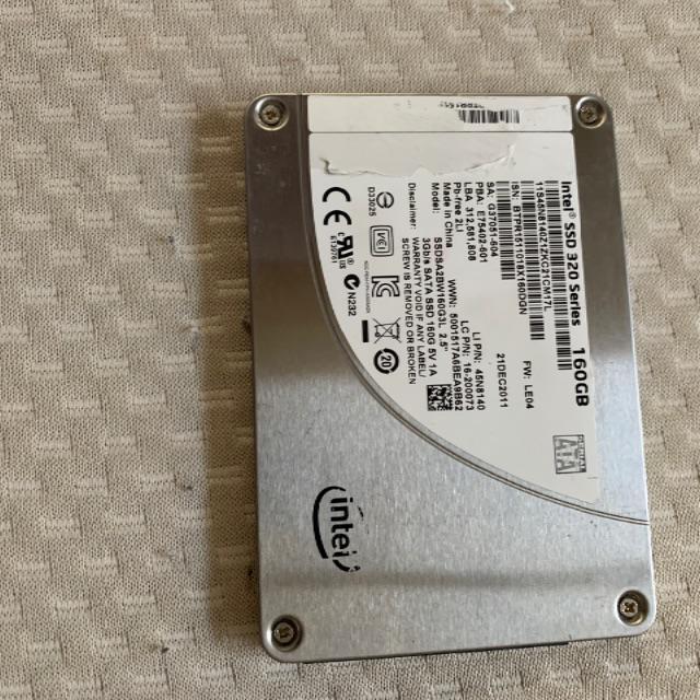 インテル製 SSD 160G スマホ/家電/カメラのPC/タブレット(PCパーツ)の商品写真