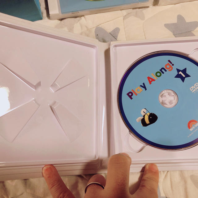 Disney(ディズニー)のペコちゃんさん専用。DWE プレイアロング DVD CD 2018年 新子役 キッズ/ベビー/マタニティのおもちゃ(知育玩具)の商品写真