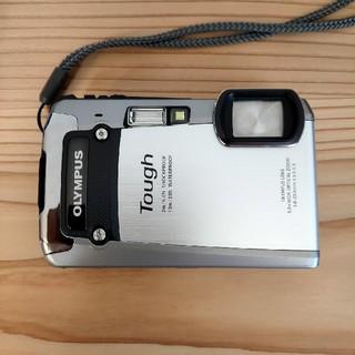 OLYMPUS - OLYMPUS デジタルカメラ TG-820 シルバー 10m防水