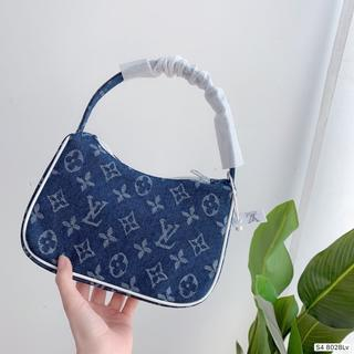 LOUIS VUITTON - 。◕‿◕。 。◕‿◕。 買い物袋【Vuitton】。◕‿◕。 。◕‿◕。