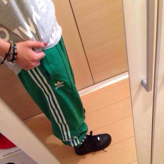 アディダス(adidas)のアディダスジャージ(カジュアルパンツ)
