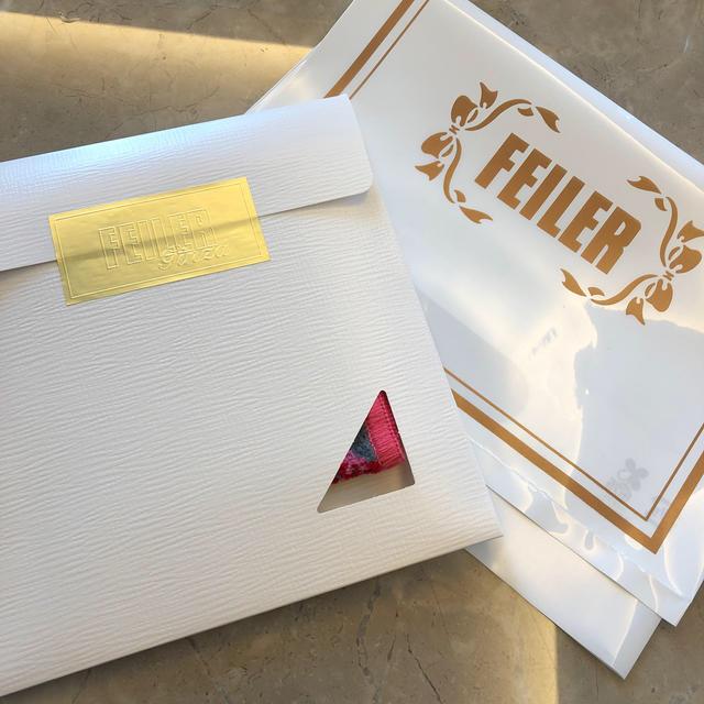 FEILER(フェイラー)のFEILER フェイラー ハイジ グレー ピンク ハンカチ レディースのファッション小物(ハンカチ)の商品写真