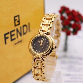 FENDI - 箱付き【新品電池】FENDI 700L/美品 ブラックシェル ゴールド