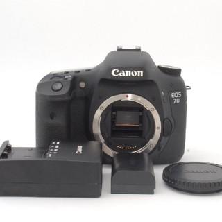 APS-C一眼レフカメラの最上位機種♪Canon 7D ボディ♪