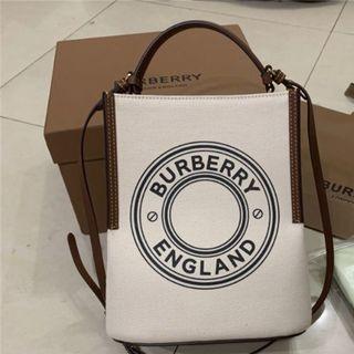 BURBERRY - Burberry★バーバリー スモール ロゴ ペギー バケットバッグ