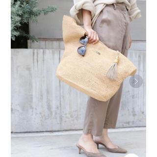 アパルトモンドゥーズィエムクラス(L'Appartement DEUXIEME CLASSE)のHEIDI KLEIN RAFFIA BAG【新品同様】(かごバッグ/ストローバッグ)